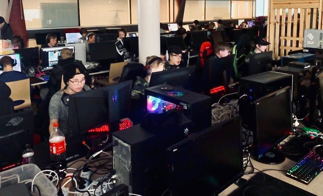 Suomen nuorin esports-joukkue treenaa yhä suuremmin panoksin